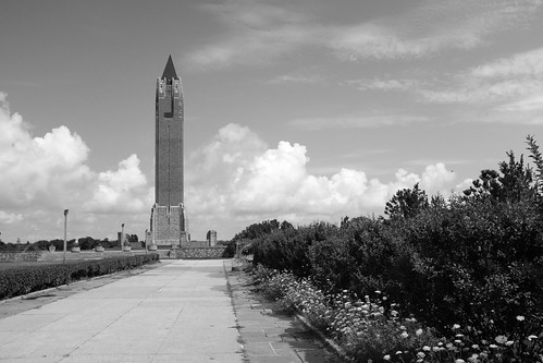 jones beach long island nassau county new york state nys recreation area waterfront relax watertower robert moses fujfiilm fuji x100f black white bw acros landscape