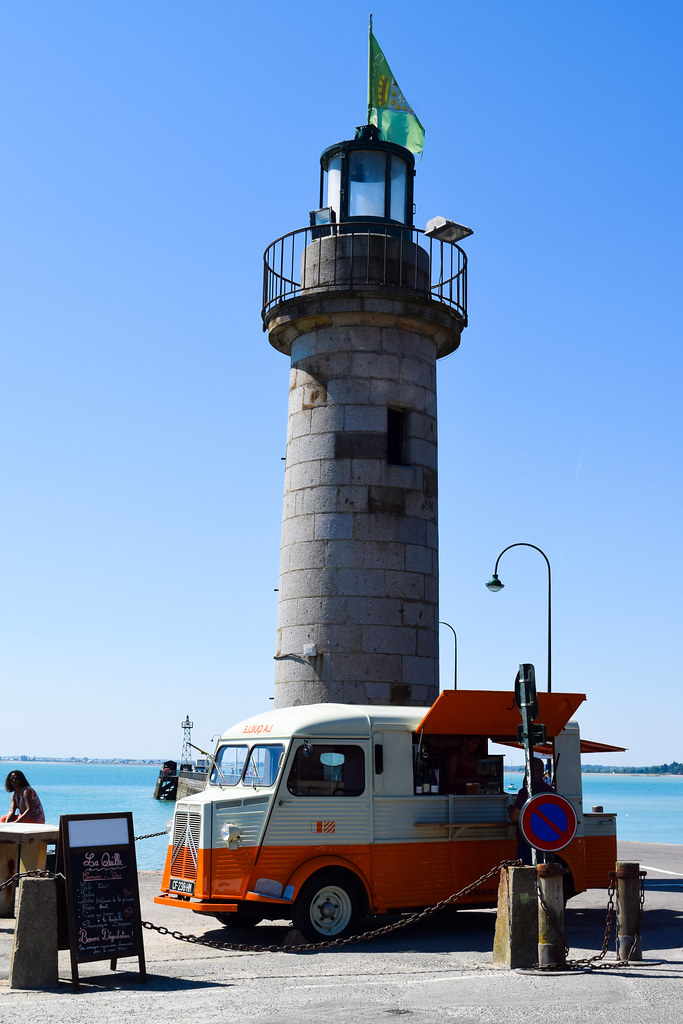 Lighthouse in Cancale, Brittany