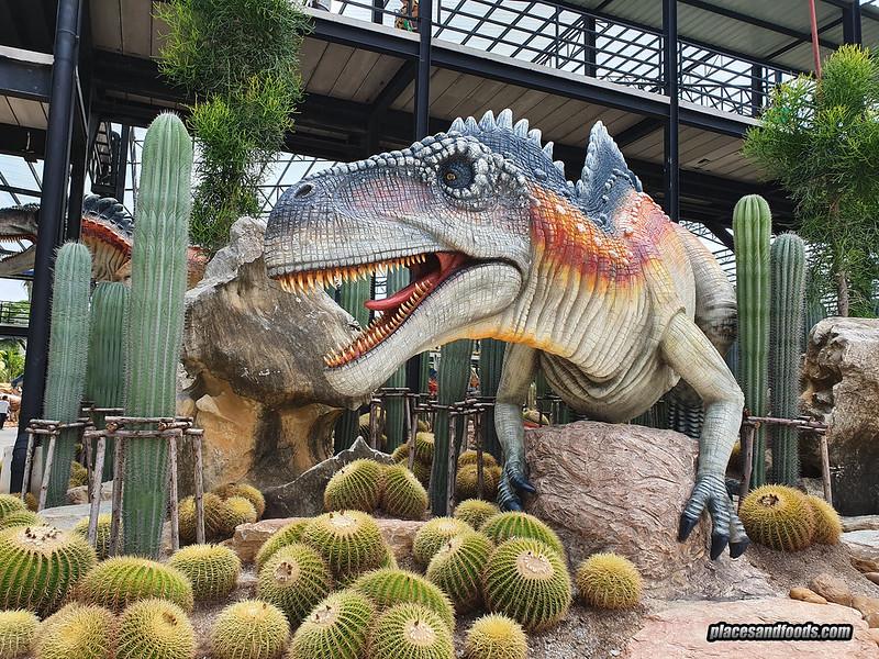 dinosaur park nong nooch trex