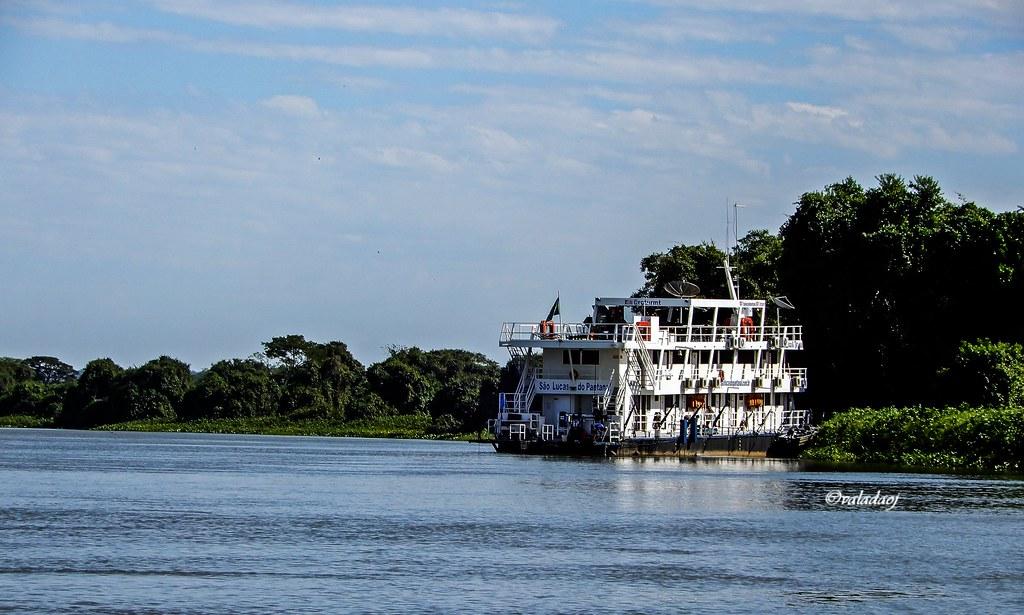 Barco Hotel São Lucas do Pantanal, Rio Paraguai, Cáceres MT - Brasil