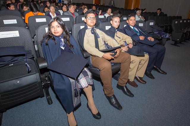 Ceremonia de reconocimiento a bachilleres del programa Aulas Hospitalarias de Solca - Quito