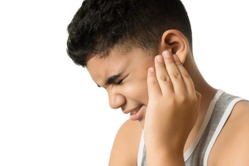 Obat tetes Telinga Berair Dan Bau Di Apotik