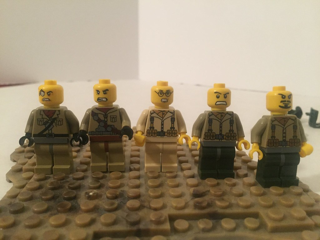 6 Minifig Faces