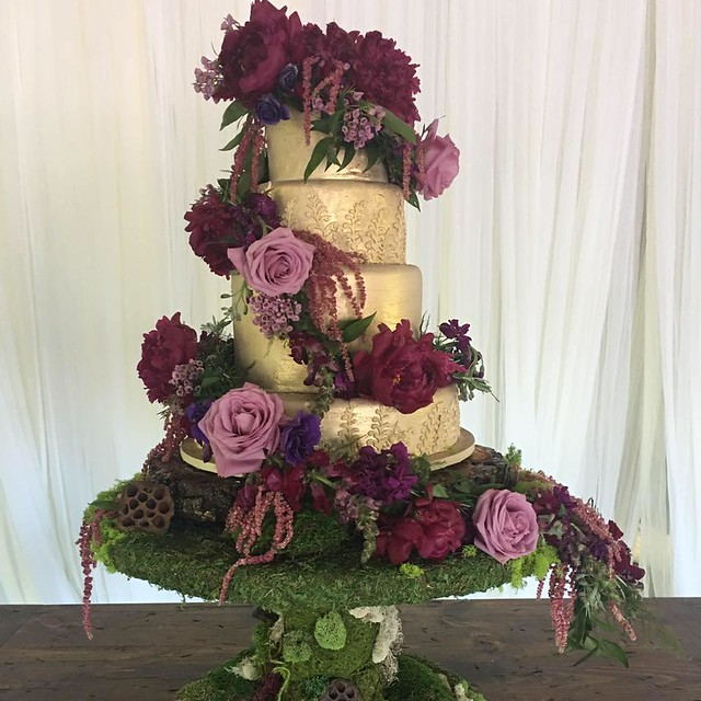Cake from Creative Cakes by Dawn