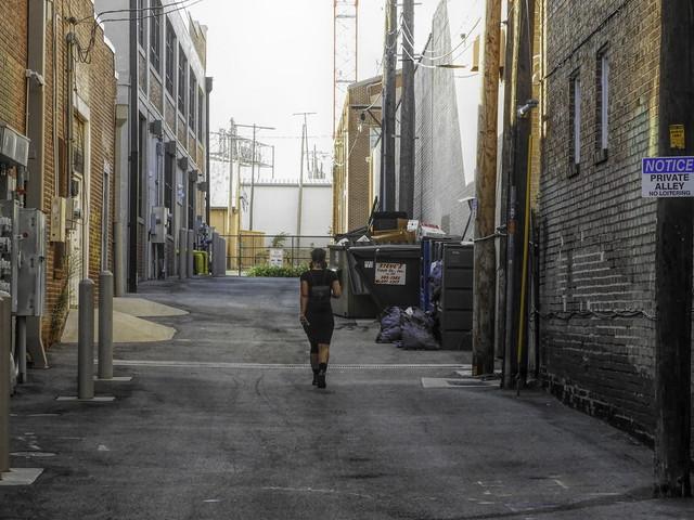 Private Alley, 37/100X