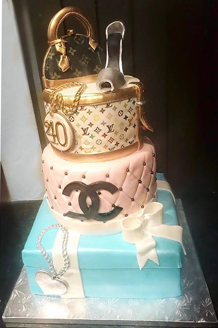 Cake by Designer Cakes and Desserts