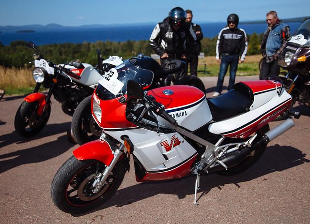 Yamaha V4