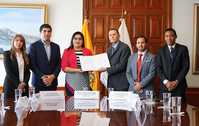 Ecuador commits to exchange CRS information by 2020
