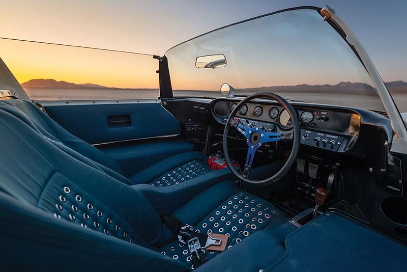 31f3f0da-1965-ford-gt40-roadster-4