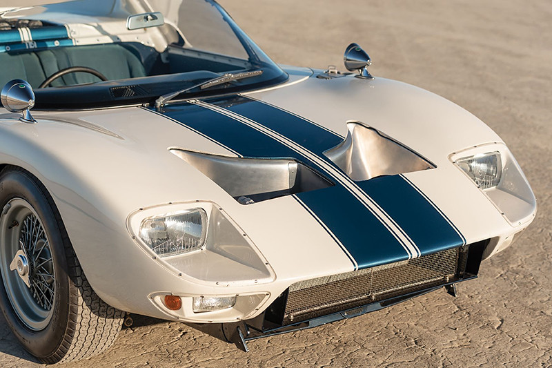 351cf476-1965-ford-gt40-roadster-7