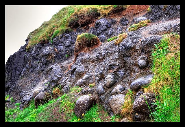 Bushmills NIR - Giant's Causeway globular basalt