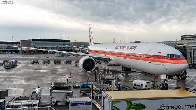 Garuda Indonesia | Boeing 777-300ER | PK-GIK