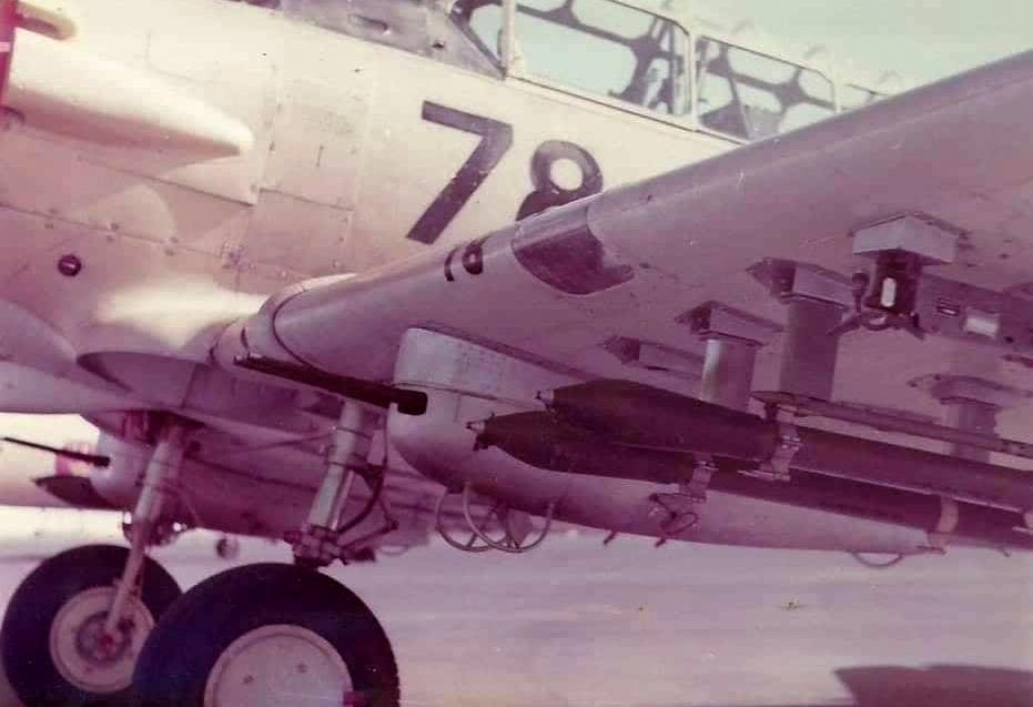 FRA: Photos anciens avions des FRA - Page 12 48489009831_bbf34632bd_o