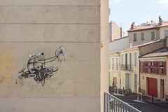 Peculiar mural, rue de Nice
