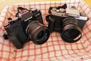 Fujifilm X-T20, Fujinon XF 23mm/f2 / Fujifilm X-T100, 7artisans 25mm F1.8