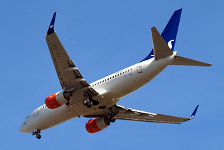 LN-TUM   Boeing 737-705 [29098] (SAS Scandinavian Airlines) Home~G 15/07/2013 | by raybarber2