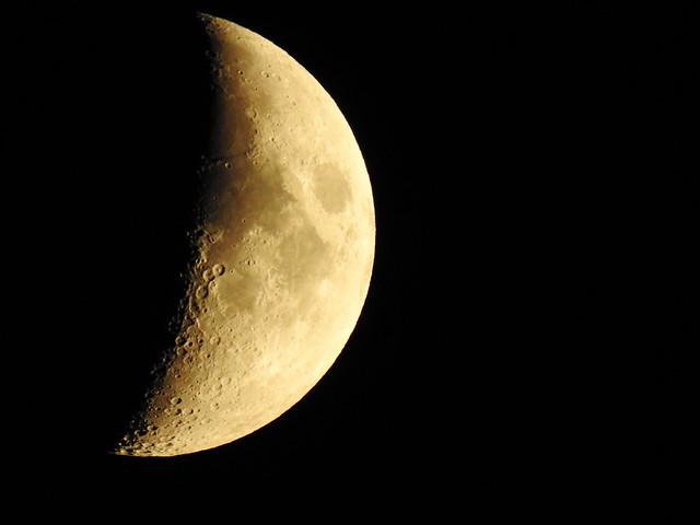 Moon DSCN3180