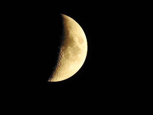 Moon DSCN3177