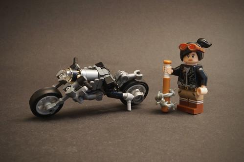 Biker Girl ☠️ Cafe Racer