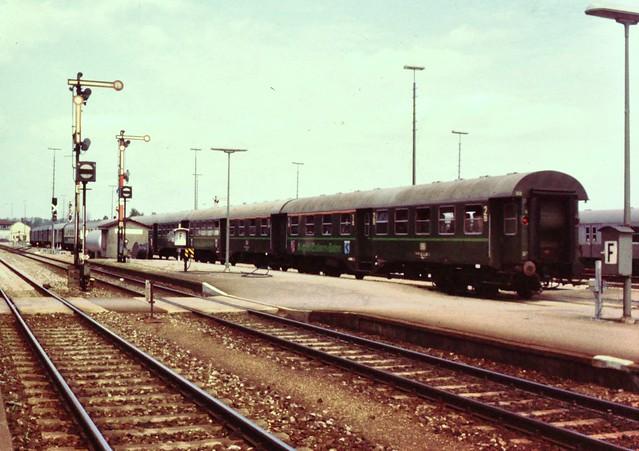 Sonderzug zum Start der Allgäu-Zollern-Bahn, Aulendorf, 28.05.1983