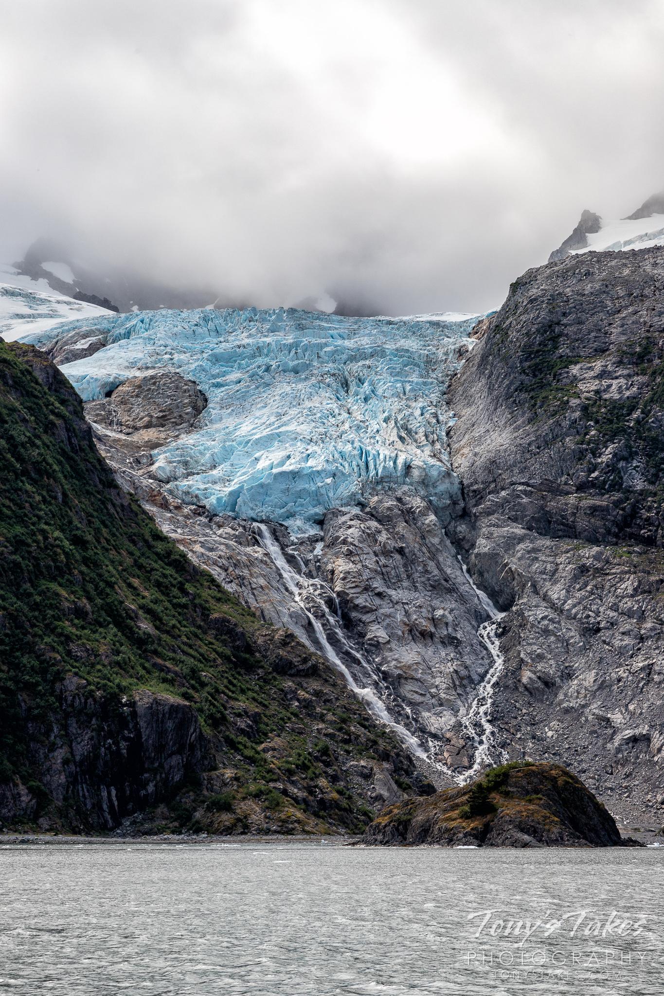 The Little Holgate Glacier in Kenai Fjords National Park, Alaska. (© Tony's Takes)