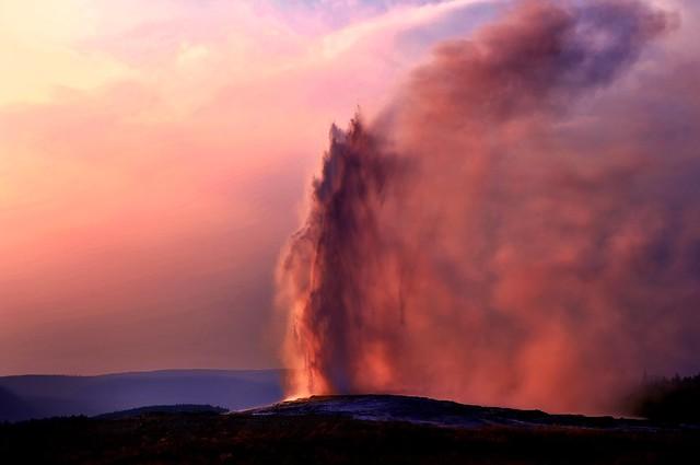 Eruption of a hot spring