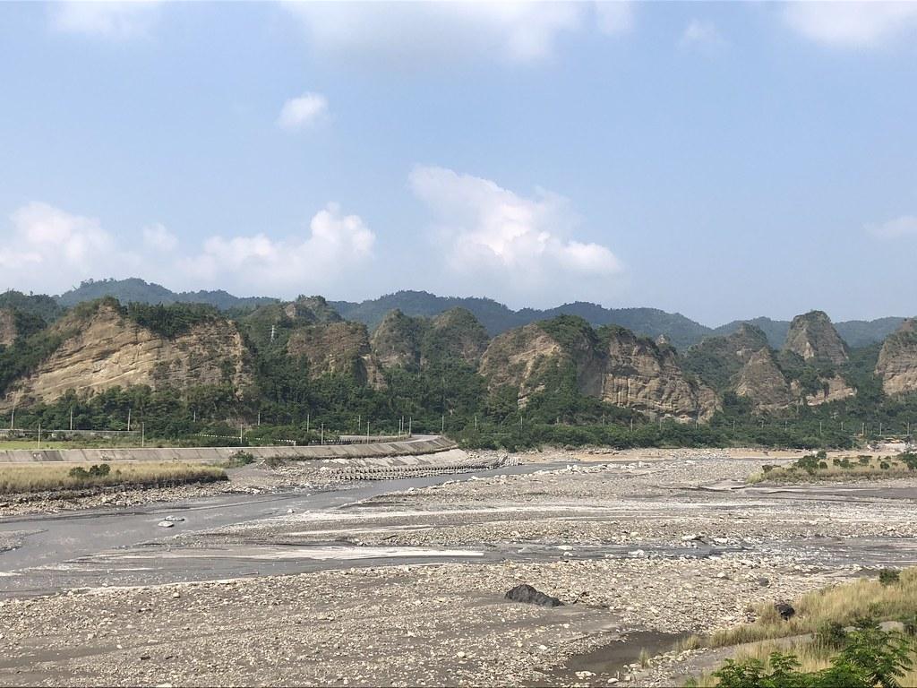 六龜最棒的回憶,遠眺十八羅漢山。攝影:廖靜蕙