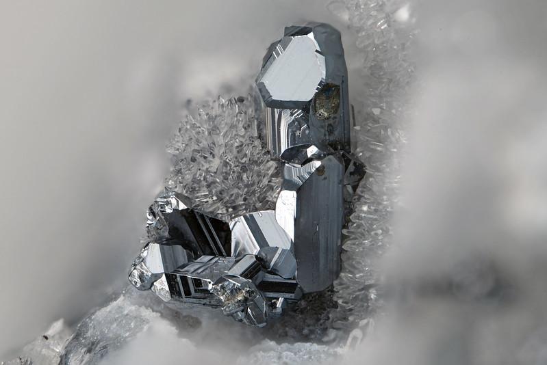 ミアジル鉱 / Miargyrite