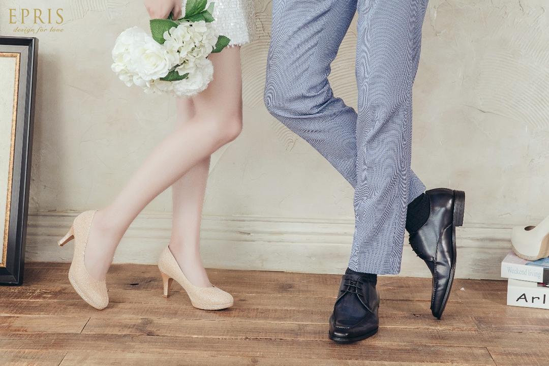 藍色西裝 結婚皮鞋