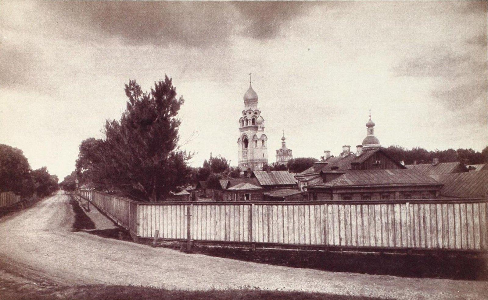Вид на Рогожское старообрядческое кладбище