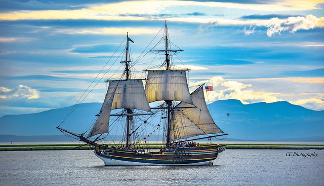 As free as the wind blows - Lady Washington