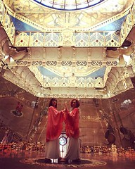 Sacred Dancers Jacana and Chiocciola in the Hall of Mirrors in the #templesofhumankind . ⠀⠀⠀⠀⠀⠀⠀⠀⠀⠀⠀⠀⠀⠀