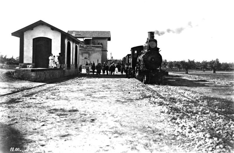 OR-Ramla-train-station-Baldwin-2-6-0-emc-1
