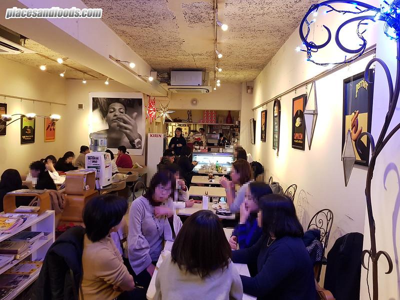 cafe moni okayama shop