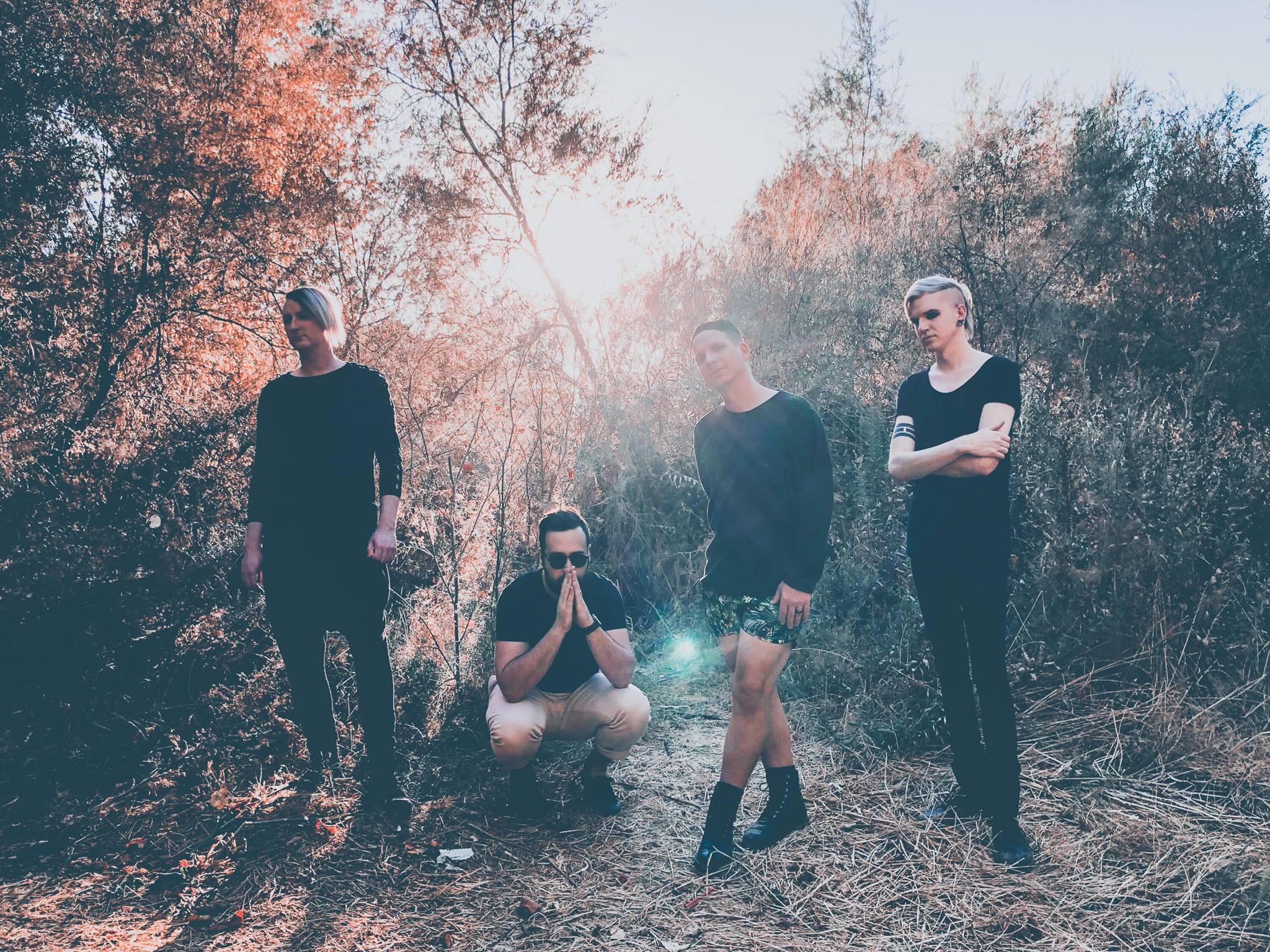 後龐克樂團 Creux Lies 釋出新音樂歌詞影音 Made 1