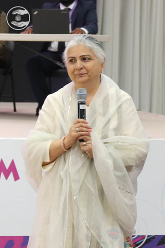 Mohini Ahuja Ji from Hyderabad, India, expresses her views