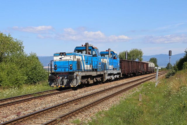 736-012 and 736-015 at Horna Stubna.