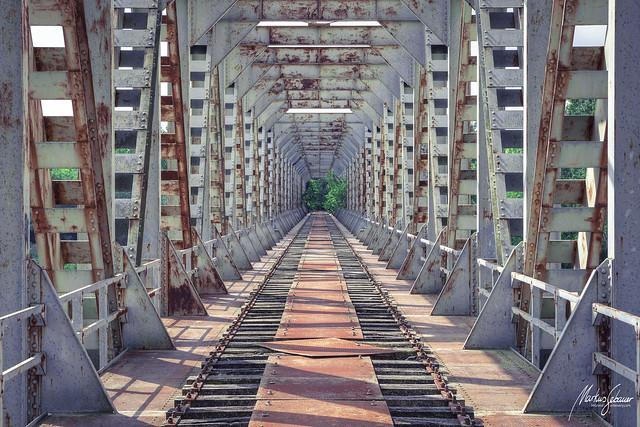 Build bridges, not walls.
