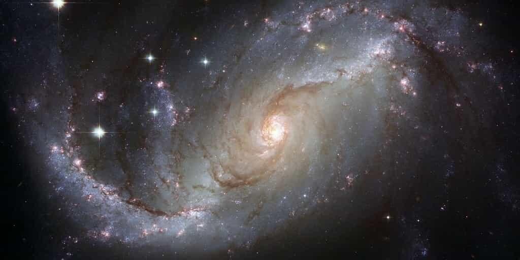 trou-noire-notre-galaxie-plus-brillant-personne-ne-sait-pourquoi