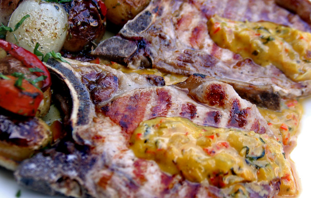 Chuletas de Cerdo con Salsa de Mostaza, Miel y Curry (2)