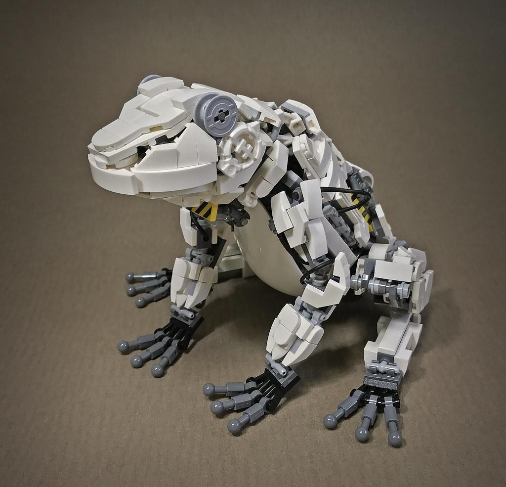 LEGO Mecha Frog Mk2-01