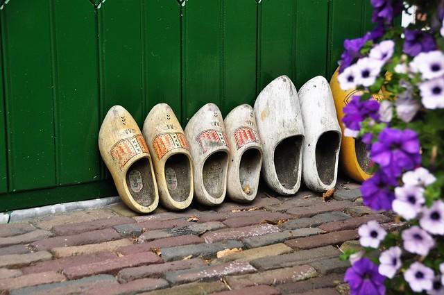 Shoe show of Dutch clogs