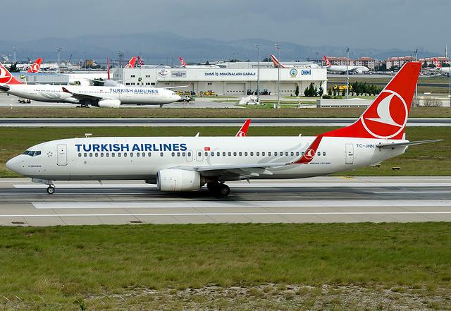 TC-JHN  Turkish Airlines Boeing 737-8F2