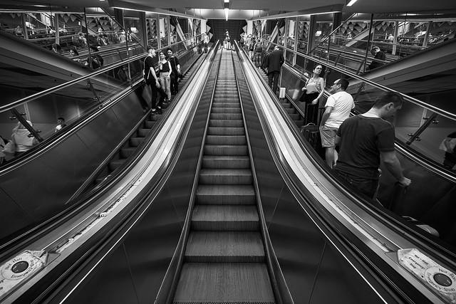 Subway_Stairs_01_BW_3200