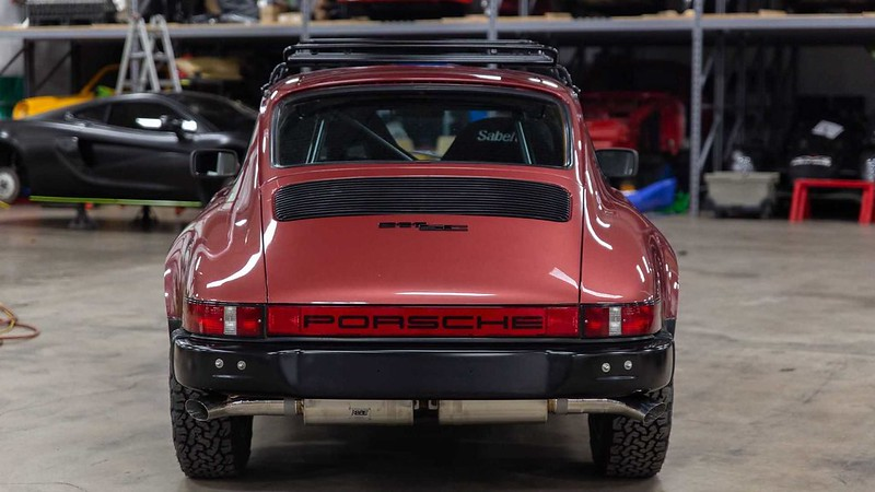 hit-the-trails-in-a-1981-porsche-911-sc (2)