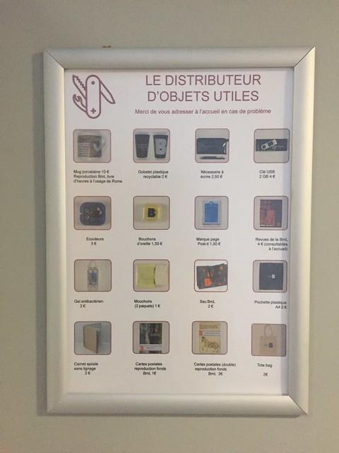 Distributeur d'objets utiles #bml