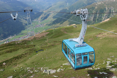Švýcarský Sedrun a Disentis jsou nově propojeny lanovkou