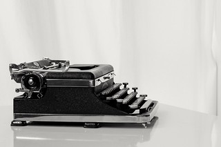 Royal De Luxe Portable typewriter from the 30's.