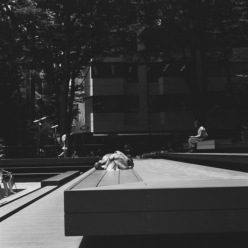 RolleicordⅣ+Schneider Xenar 75mm f3 5+Kodak 400TX南池袋公園