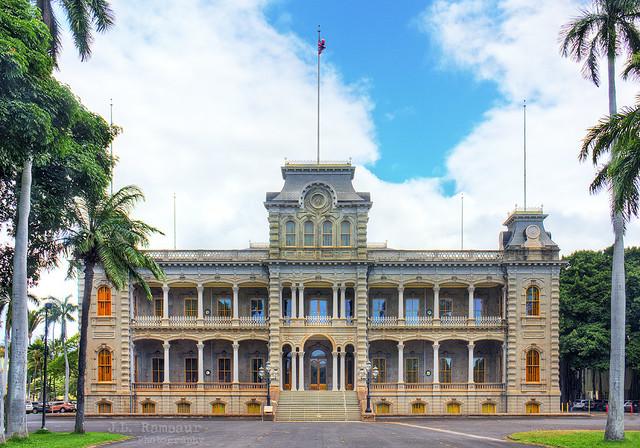 Iolani Palace - Downtown Honolulu, Oahu, Hawaii